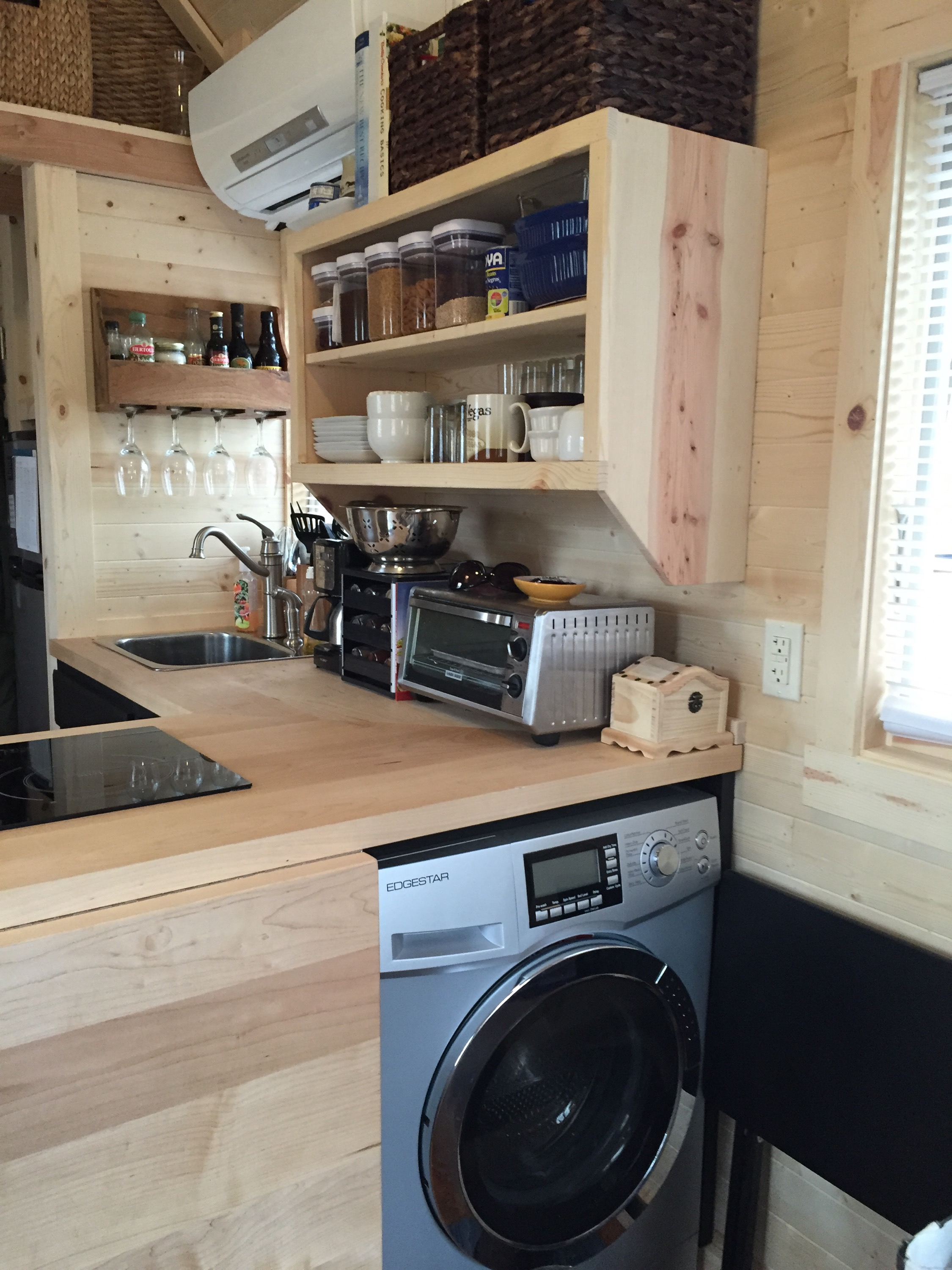 A tiny house kitchen for Kitchen designs for small houses